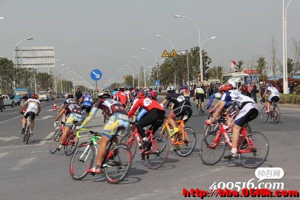 魅力新沂 蓝丰生化杯 首届中国 新沂环骆马湖自行车公路赛暨第三届生图片